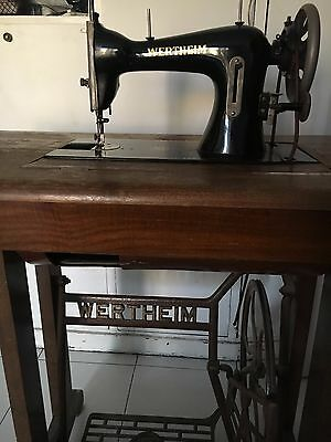Antigua Máquina de coser /  Antique Sewing Machine WERTHEIM