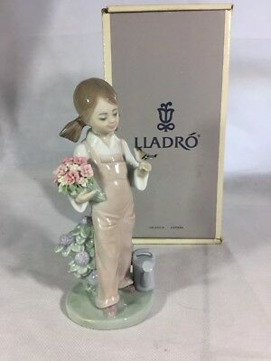 """Lladro """"Spring"""" Girl with Flowers and Bird Porcelain Figurine 5217 Spain"""
