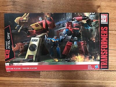 Transformers Platinum Edition Autobot Intel Ops - Perceptor & Blaster