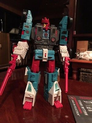 Transformers Hasbro Titans Return Quickswitch Chaos on Velocitron