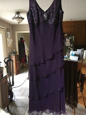 Burgandy Mother Of The Bride Evening Gown Cruise Dress Formal Size 18