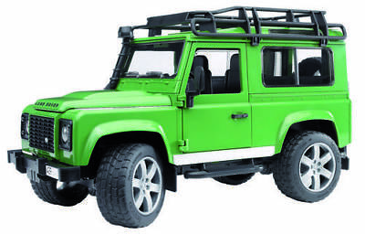 Bruder Land Rover Defender  1:16