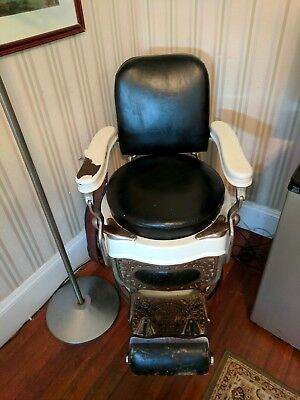 Antique Theo A. Kochs, Chicago Porcelain Leather Working  Barber Or Tattoo Chair