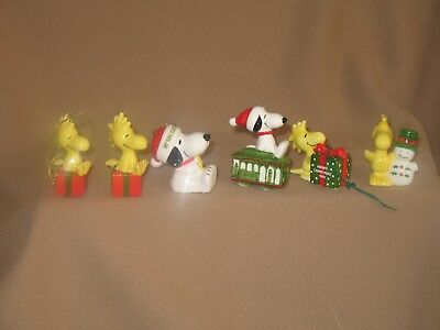 Lot Ceramic Peanuts - Snoopy And Woodstock Ornaments & Bells