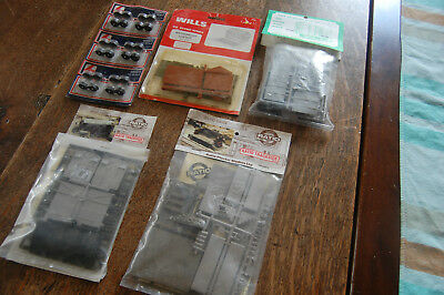2 Ratio, 1 Wills, 1 Coopercraft Unmade Building Kits, 1 Pkt Lima Wheels