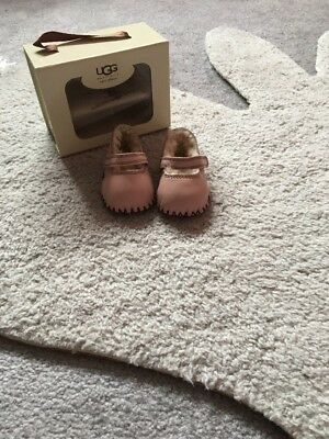 Pink Baby Girl Ugg Shoes Size 0-6 Mth New