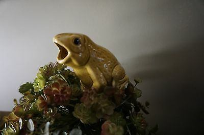 "Vintage Green Pottery Plant Flower Water Spike Frog ~5.5"" T x 3.5"" L"