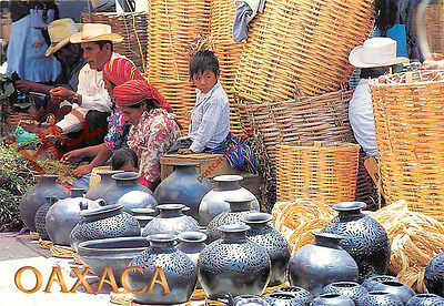 Picture Postcard:;Oaxaca, Typical Pottery