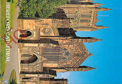 Picture Postcard--Hereford Cathedral [Salmon]