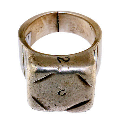(1735) Antique silver ring Tuareg. Sahara, Africa
