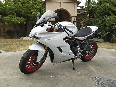 2018 Ducati Supersport  2018 Ducati Supersport S 939 W/ EXTENDED WARRANTY