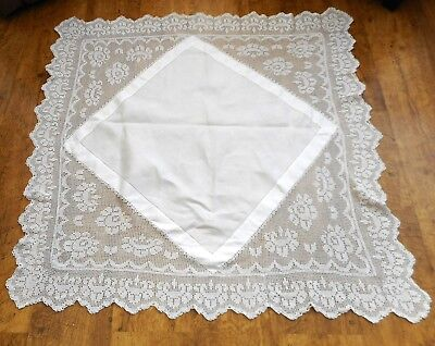 Art Deco tablecloth Hand made crochet edge and corner inserts