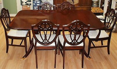 Bob Timberlake by Lexington Dining Table, 2 Leaves & 6 Shield Back Chairs