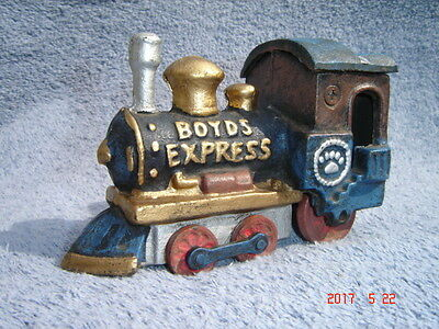 Boyds Bears- Boyds Express Cast Iron Train Locomotive Collectible