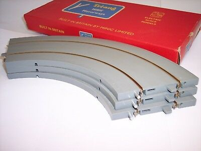 Triang Hornby Minic M1611 New Unlined Grey Bend Track