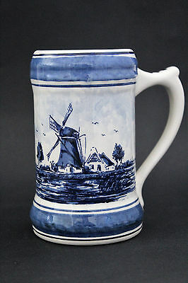 DELFT Blauw pottery mug with picture of windmill. Hand painted in Holland.