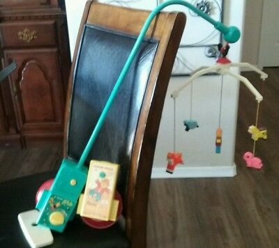 Vintage 1973 Fisher Price Crib Baby Mobile Farm Working music box Brahms Lullaby