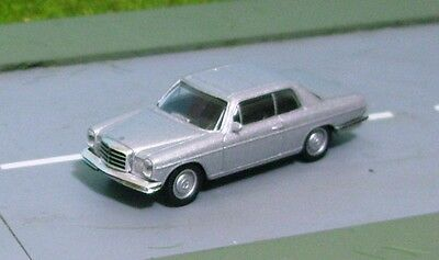 MERCEDES COUPE - FULLY ASSEMBLED DIECAST model in HO SCALE by SCHUCO