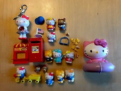 HELLO KITTY SANRIO MINI FIGURES Lot of figures accessories and keychain