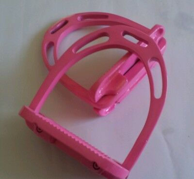 "Stirrups, Pink, 4.75"", lightweight Aluminium Stirrups. High grip tread"