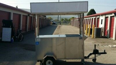 2013 Lockable Electric mobile food cart. NEED 2 SELL FAST make an offer