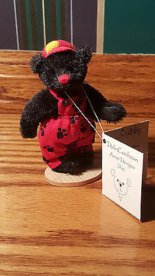 """Deb Canham """"Cubby"""" bear- Have a Heart Collection"""