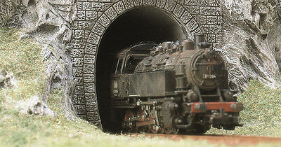 BUSCH #7025 - TUNNEL PORTALS suit STEAM or DIESEL - HO scale lineside accessory