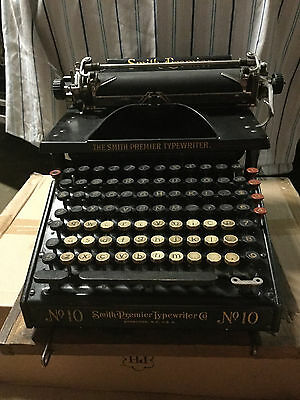PORTLAND, OR: Smith Premier No. 10 Typewriter with metal case - Early 1900s