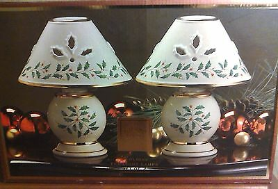 LENOX Holiday Holly & Berry Tea Light Candle Lamp China Set of 2 With Box EUC!