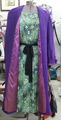 Stunning Vintage pure silk coat. Purple with mauve pink lining. 12-14. 1960s.