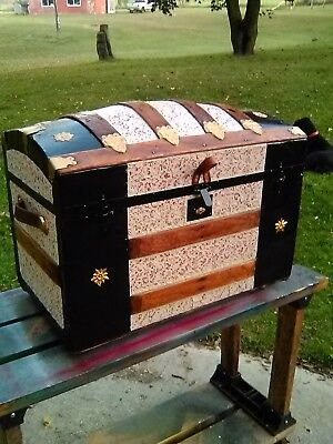 BlackDog Antique Steamer Trunk Dome Top Victorian Wood Chest Stagecoach C:1800