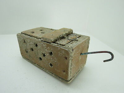 (#2625)  Old Wood Dungeness Crab  Lobster Shrimp Bait Trap Jar Box Crawfish
