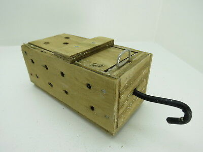 (#2637)  Old Wood Dungeness Crab  Lobster Shrimp Bait Trap Jar Box Crawfish