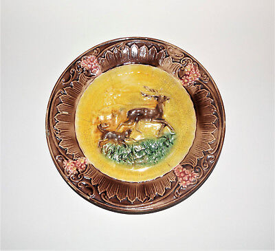 ANTIQUE 1800's MAJOLICA Dog Chasing Deer or Stag VINTAGE 19th century OLD PLATE
