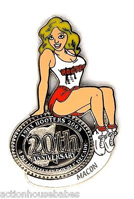 HOOTERS RESTAURANT 20th ANNIVERSARY GIRL MACON LAPEL BADGE PIN