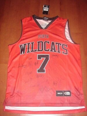 Perth Wildcats 2017/18 Team Signed Jersey