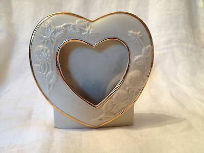 Ivory Ceramic Heart-Shaped Picture Frame