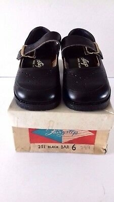 Vintage Pair Of Fairystep Children's Black Shoes Size 6 In Original Box