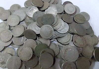 """One Full roll Liberty Head """"V"""" Nickels  (40 coins)  - All with readable dates"""