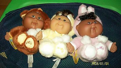 Cabbage Patch Kid 3Dolls Playalong 25Th Anniversary W/ Display Cabbage Leaf