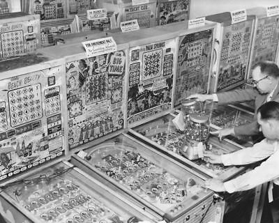 "Bingo Pinball Machines & Gumball Coin-Op 8"" - 10"" B&W Photo Reprint"
