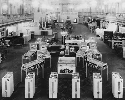 "Exhibit Supply Trade Show Pinball & Arcade Games 8"" - 10"" B&W Photo Reprint"