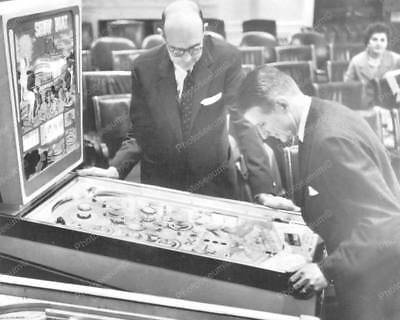 "Gottlieb Show Boat Pinball Game   8"" - 10"" B&W Photo Reprint"