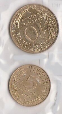 (H86-25) 1974 France 5c and 10c coins (H)