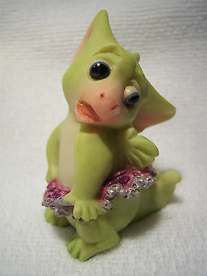 Pocket Dragon   ' DOES THIS MAKE ME LOOK FAT? '    Mint  RARE