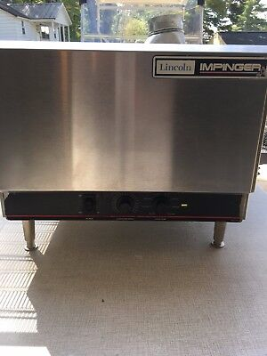 Lincoln Impinger 1301 1Ph Electric Countertop Conveyor Commercial Pizza Oven