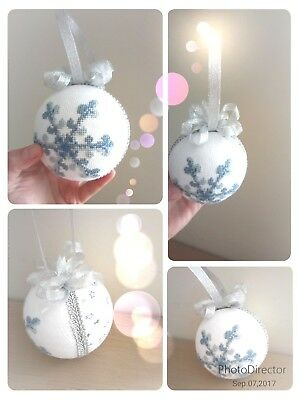 Cross stitch Christmas bauble Snowflake