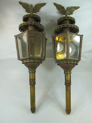 Antique Brass Coach / Carriage Lantern with Eagle Light Lamp Oil