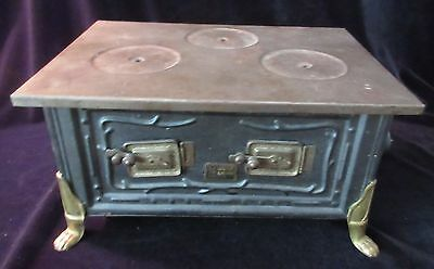 Early Antique German Made 'maerklin' Childs Toy Kitchen Stove