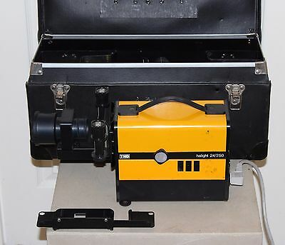 HALIGHT 24/250 35mm PROJECTOR with ACCESSORIES